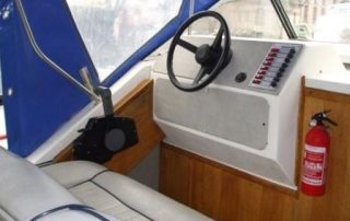 Kormidelna lodě Viking 800
