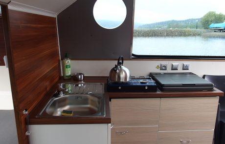 Kuchyňka lodí Sarah a Ellen