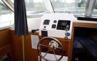 Vnitřní kormidelna lodě Viking 1000