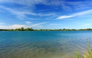 Štěrková jezera v Ostrožské Nové Vsi
