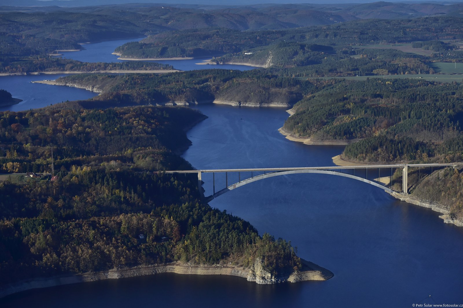 Orlík - letecký pohled na Žďákovský most