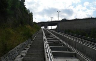 Lodní výtah na Orlíku (pohled z dolní strany)