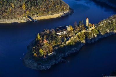 Letecký pohled na hrad Zvíkov