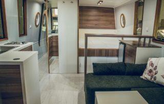 Salon lodě Awa