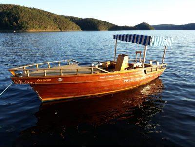 Boční pohled na loď Corsican