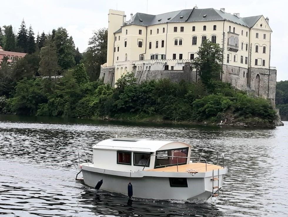 Krajánek 670 - zámek Orlík