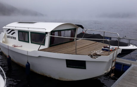 Loď Krajánek 670 v kotvišti Popelíky